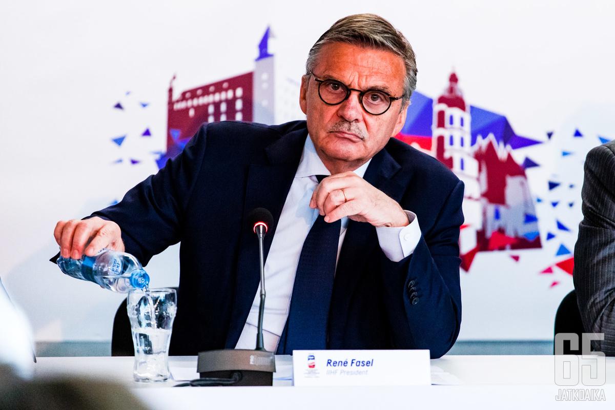 IIHF:n puheenjohtaja Fasel on ollut myrskyn silmässä.