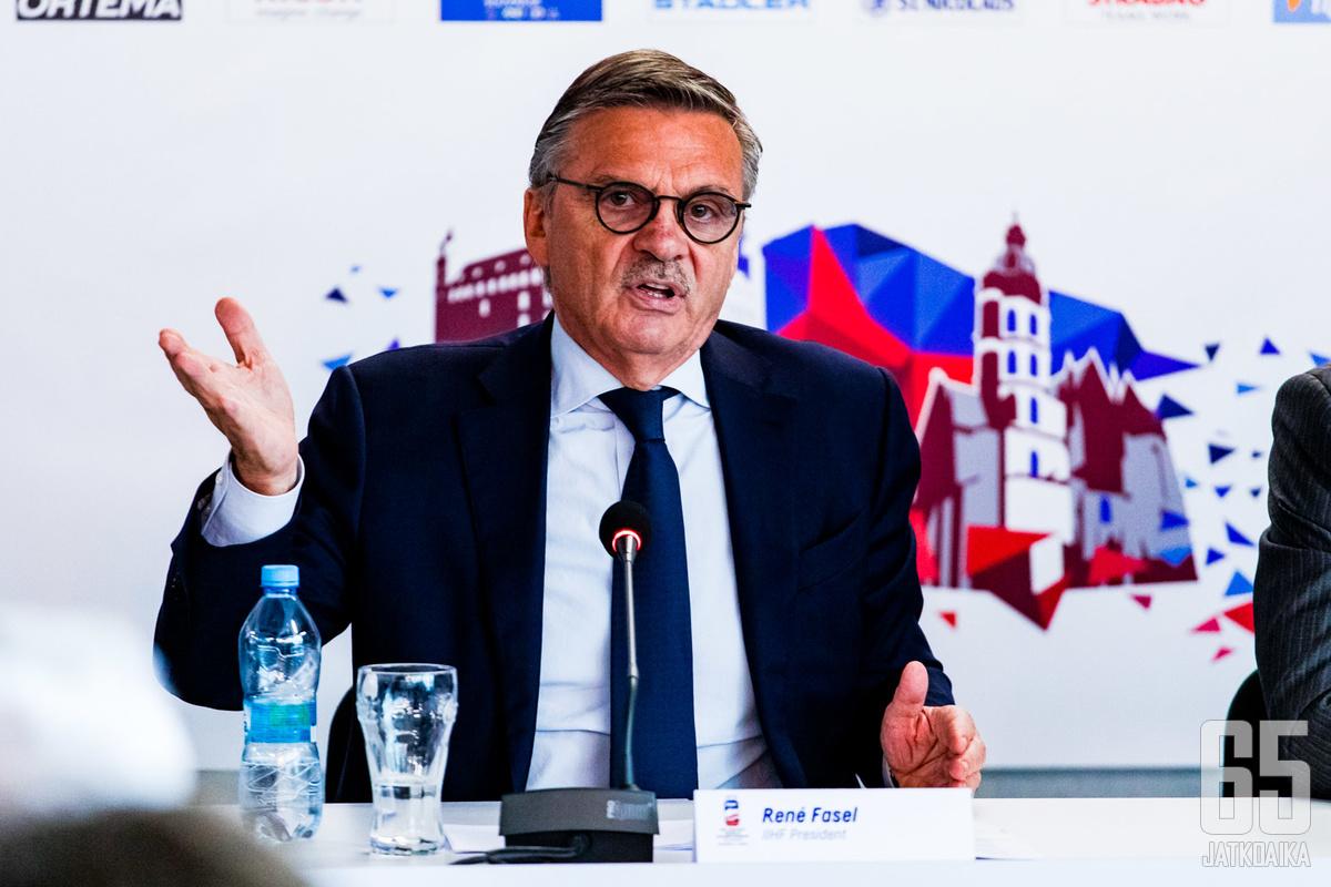 IIHF:n puheenjohtaja René Fasel toteaa, että nuorten MM-kisoihin on mahdotonta ottaa yleisöä.