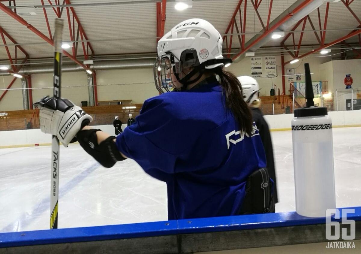 Annika Rädylle jääkiekko on pakokeino.