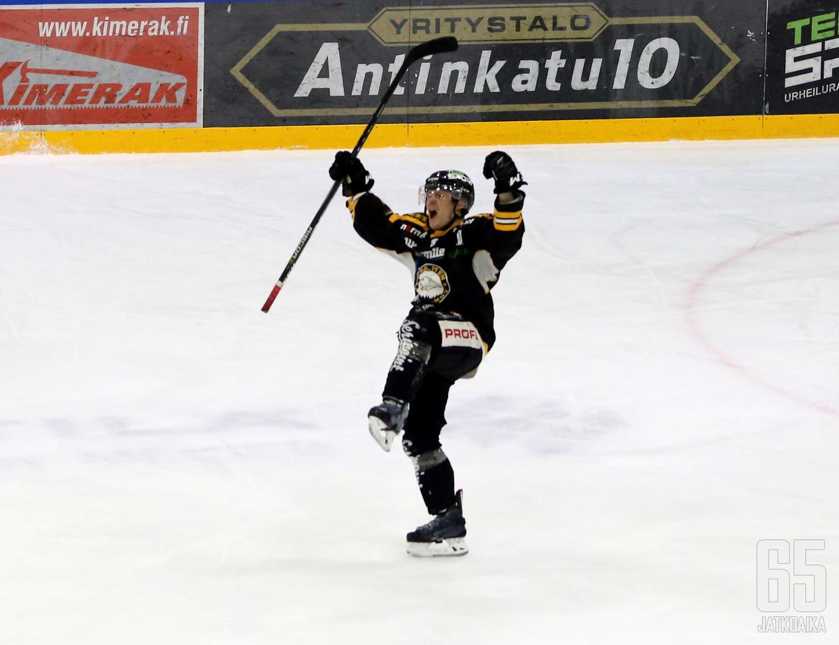 Janne Katosalmi jatkaa Iisalmessa myös ensi kaudella.