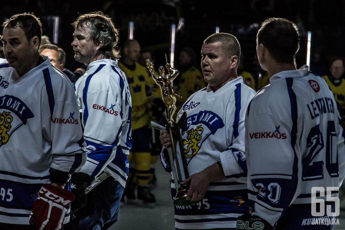 Timo Jutila oli legendaaristen ensimmäisten maailmanmestarien kapteeni.