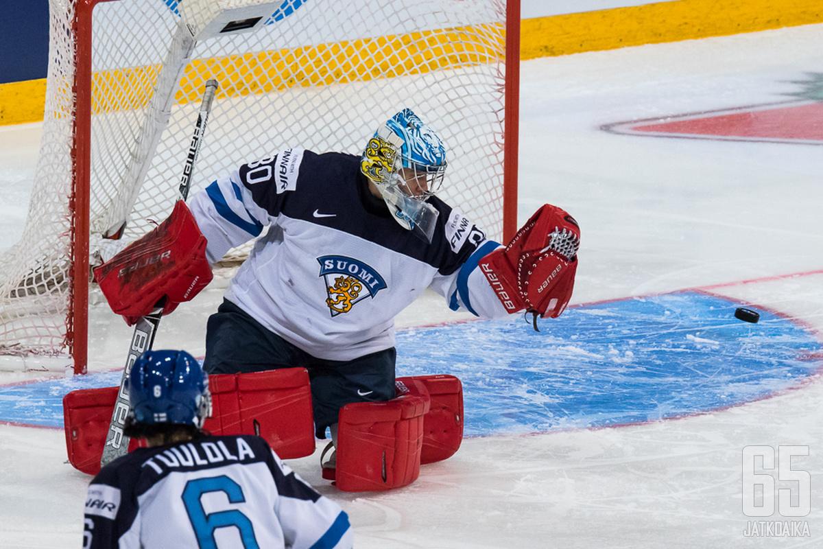 Nuorten maailmanmestari Veini Vehviläinen aloittanee maalilla lauantaina.