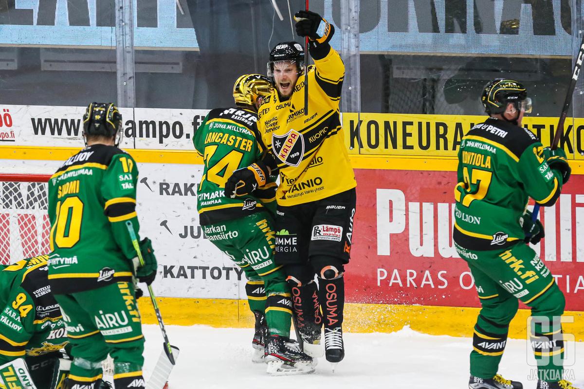 Jaakko Rissanen kieputteli Ilvestä.