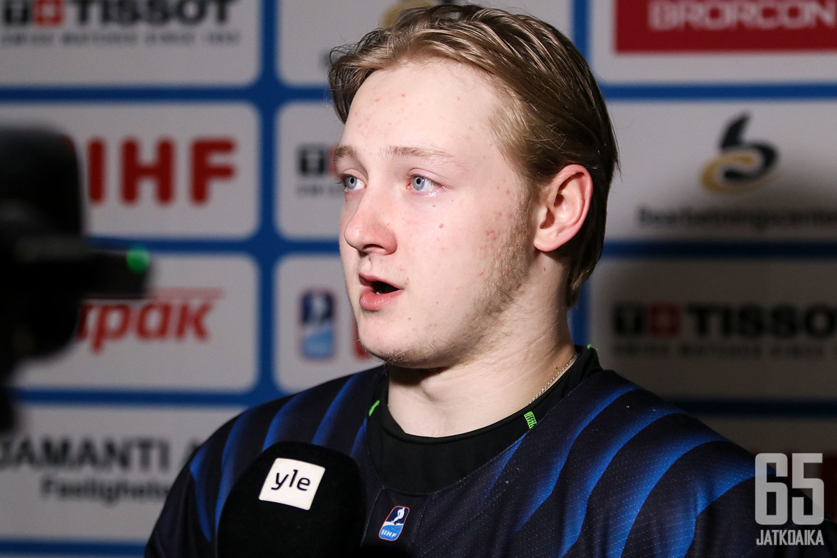 Kasper Simontaival oli yksi Nuorten Leijonien onnistujista tänään.