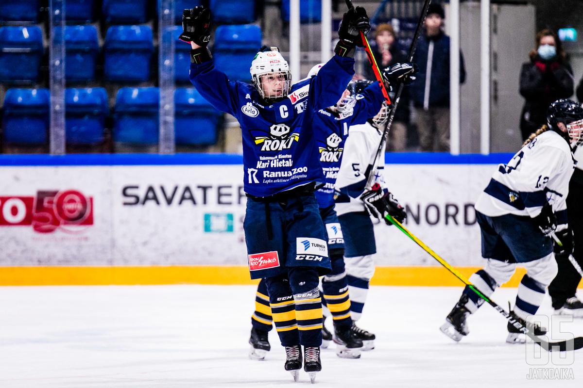 Jenna Pirttijärven tuuletuksia on päästy näkemään alemman jatkosarjan otteluissa useaan otteeseen.