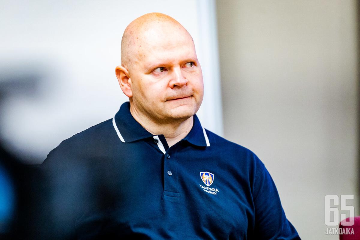 Tamhockey Oy:n toimitusjohtaja Mika Arolla oli paljon murheita päättyneellä tilikaudella.