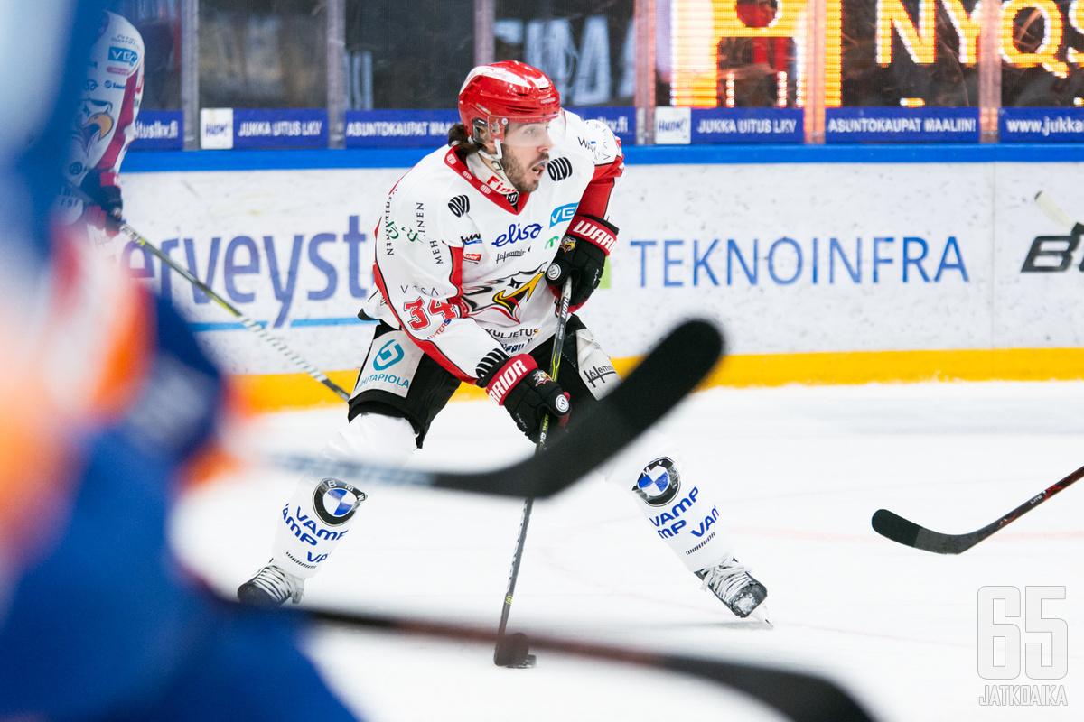 Valentin Claireaux vastasi Sportin avaus ja -voittomaalista.