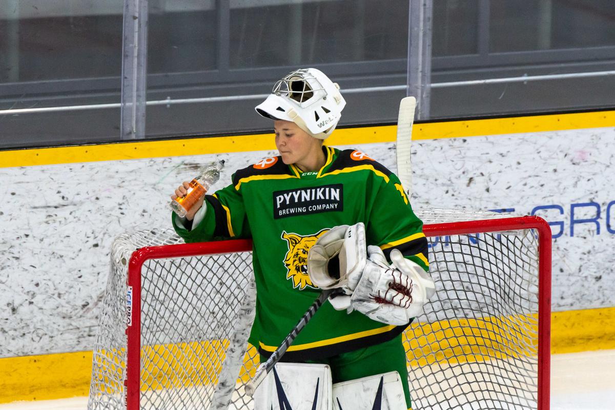 Anni Keisala on pelannut Naisten Liigan maalivahdeista tällä eniten tällä kaudella.