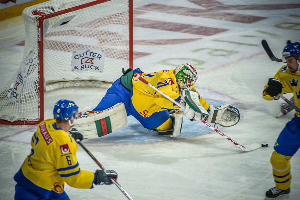 Myös Anders Nilsson saatetaan nähdä Ruotsin maalilla.