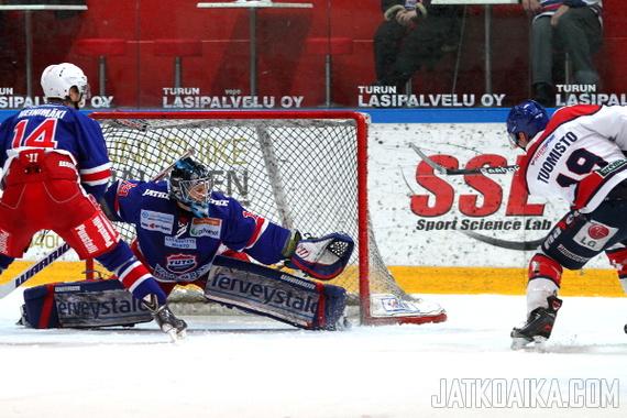 TUTOn epäonneksi Tommi Virtasen paras vire päättyi pudotuspelien alla.