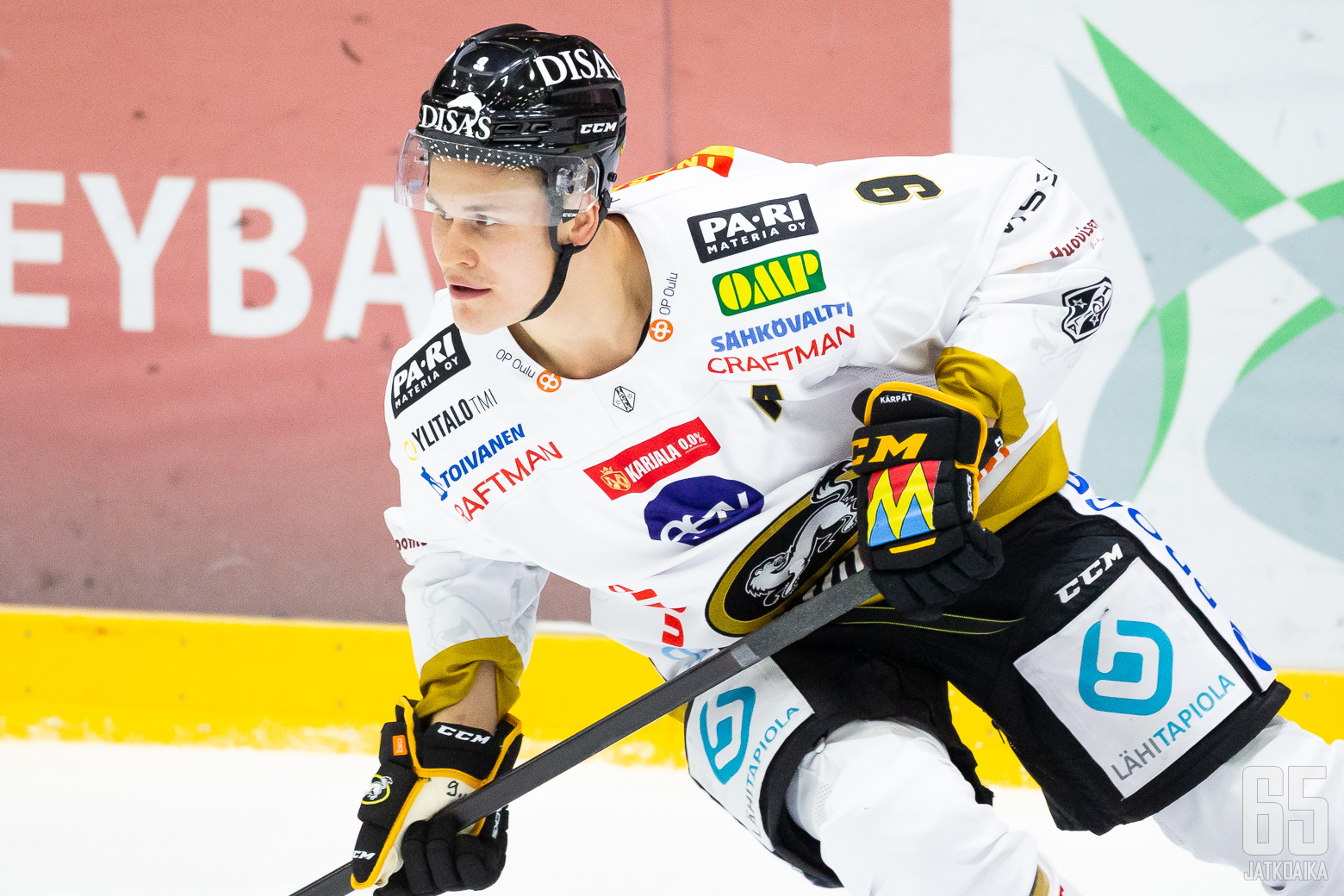 Jesse Puljujärvi, Kärpät ottelussa HIFK - Kärpät, 9/10/2020, Helsingin jäähalli, Helsinki, Suomi. Photo: Joonas Kämäräinen