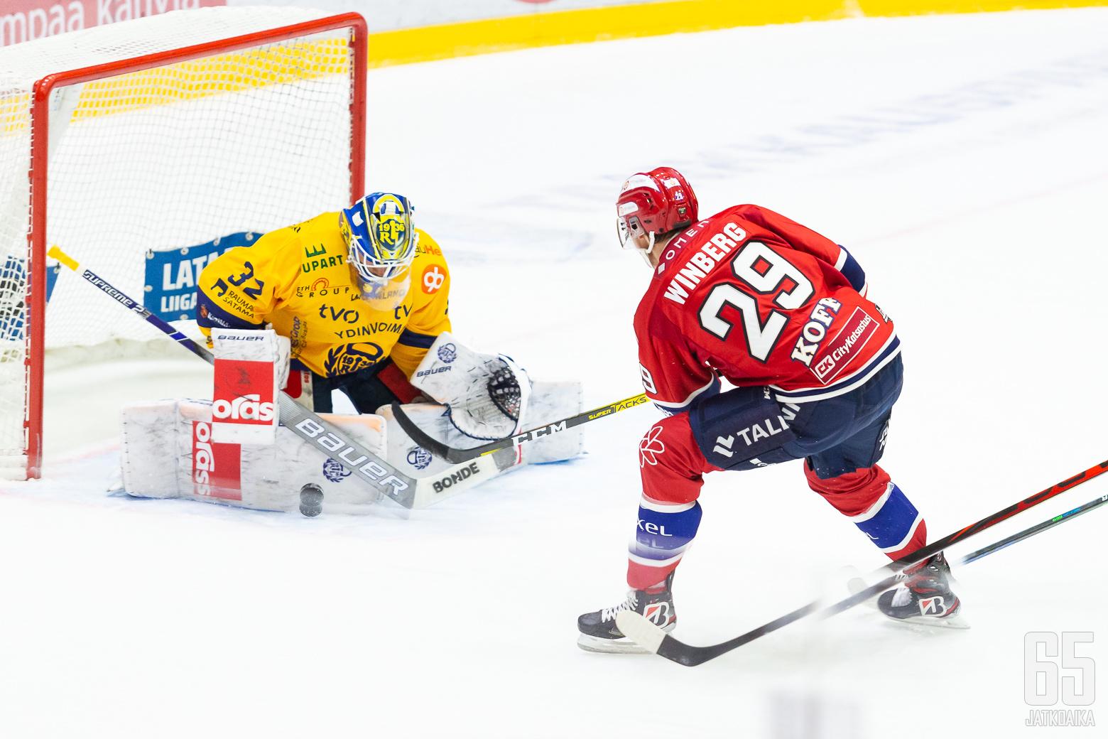 Tobias Winberg, HIFK ottelussa HIFK - Lukko, 16/10/2020, Helsingin jäähalli, Helsinki, Suomi. Photo: Joonas Kämäräinen