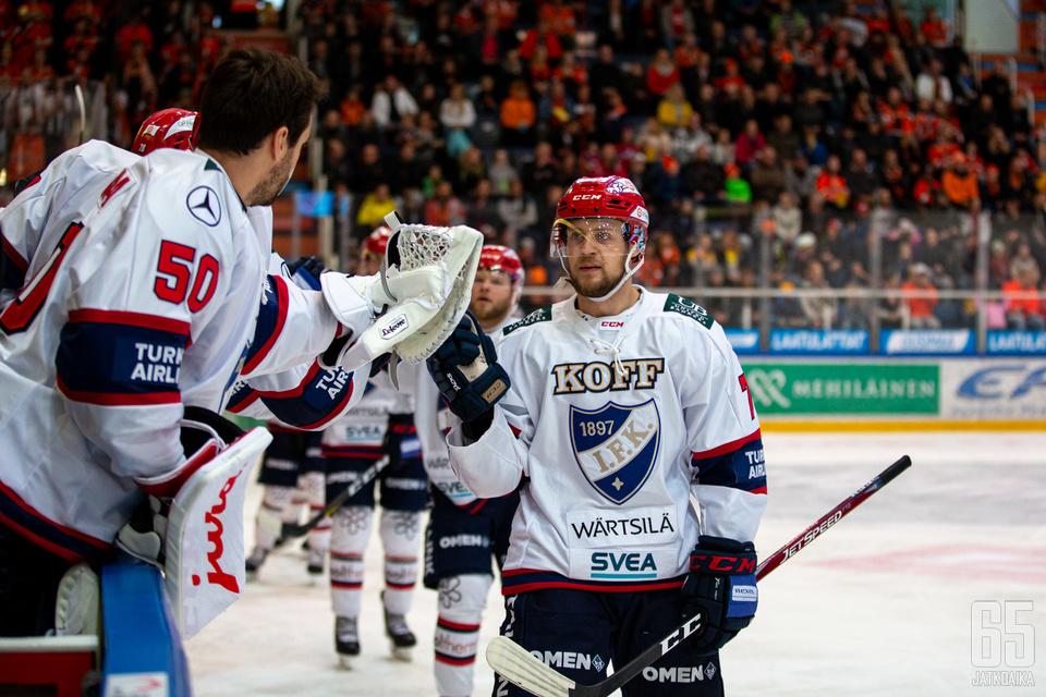 HIFK-hyökkääjä Teemu Turunen puraisi edelliskauden seuraansa kahdella maalilla.