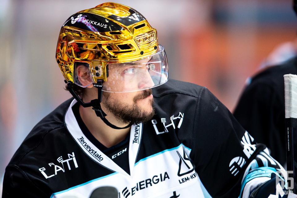 Juhamatti Aaltonen on Pelicansin paras pistemies.