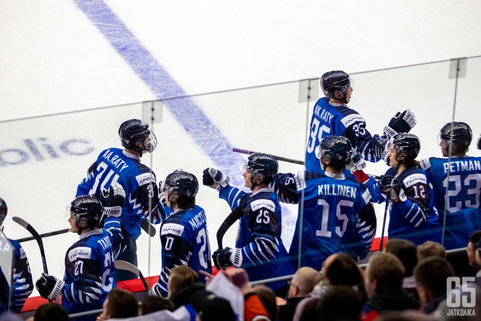 Suomi juhli Slovakiaa vastaan kahdeksan tehdyn osuman myötä.