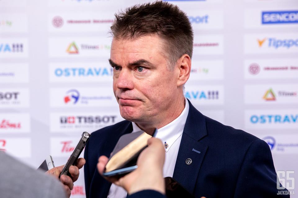Raimo Helminen oli tyytyväinen joukkueen esityksiin, vaikka tulos olisi voinut olla hieman parempi.