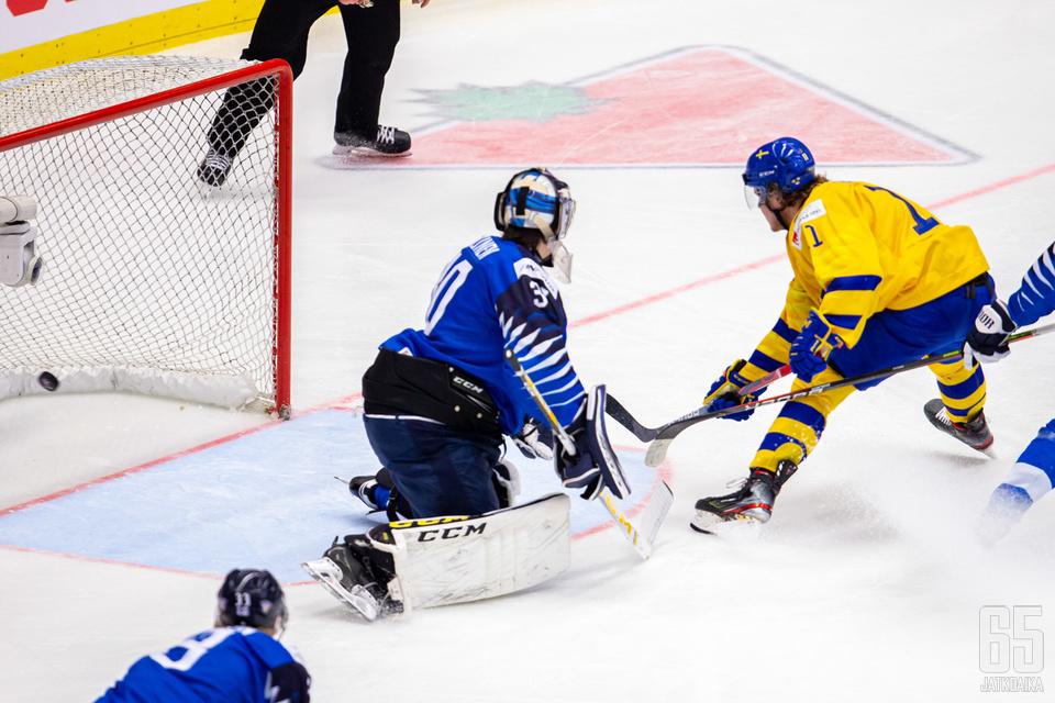 Samuel Fagemo iski tässä Ruotsin toisen maalin.