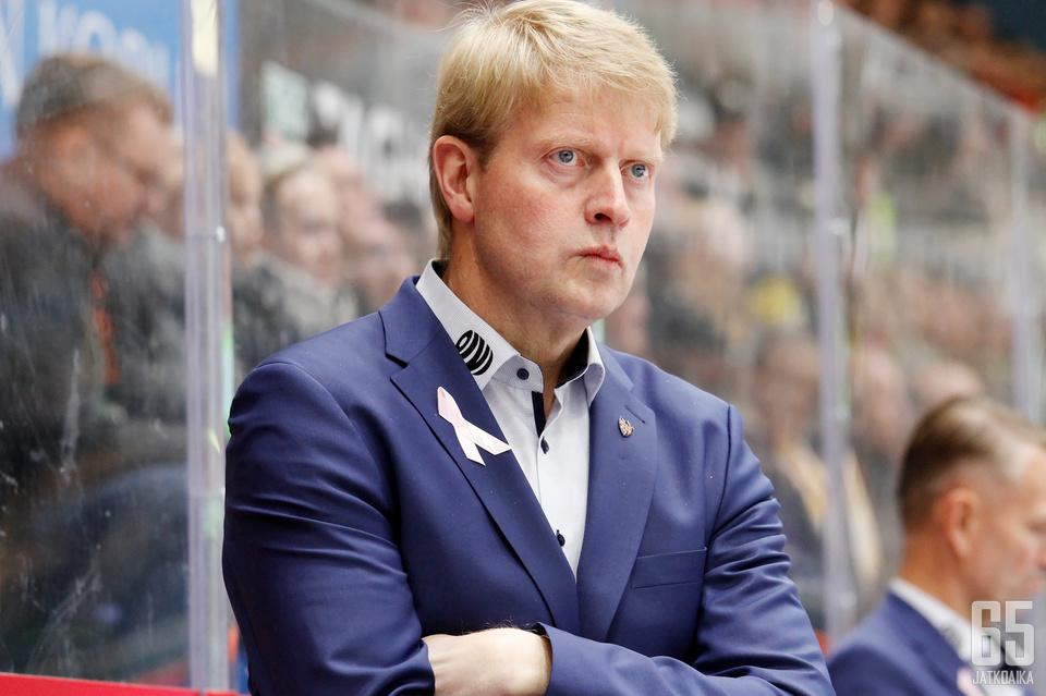 Tapparan päävalmentaja Jukka Rautakorpi on punonut kesän aikana juonensa kuntoon uutta Liiga-kautta varten.
