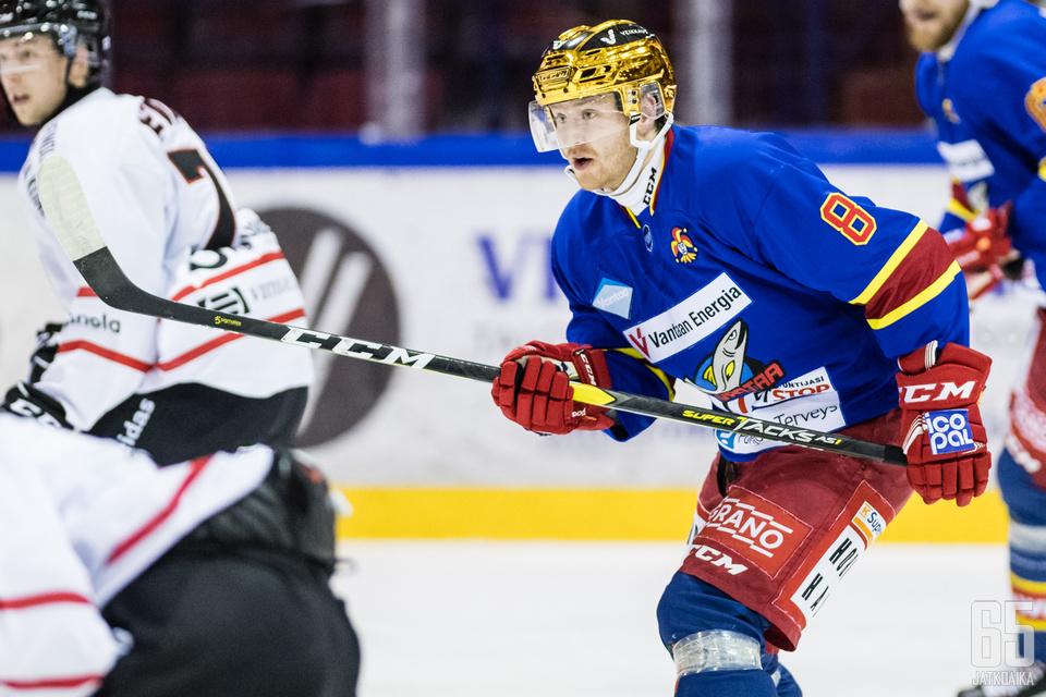 Miro-Pekka Saarelainen jatkoi maalitehtailuaan SaPKoa vastaan.