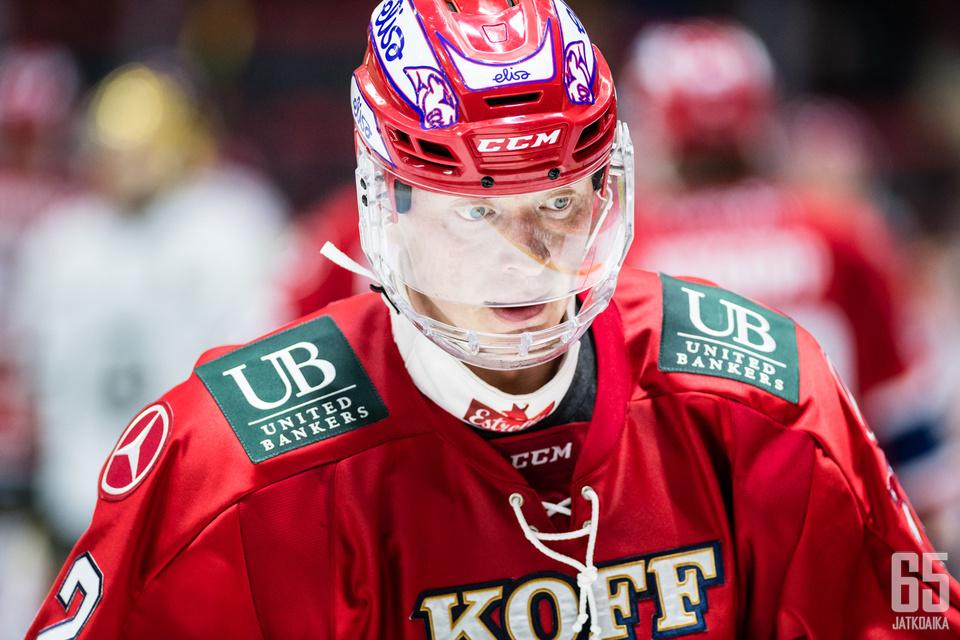 Lennart Petrell jatkaa HIFK-paidassa.
