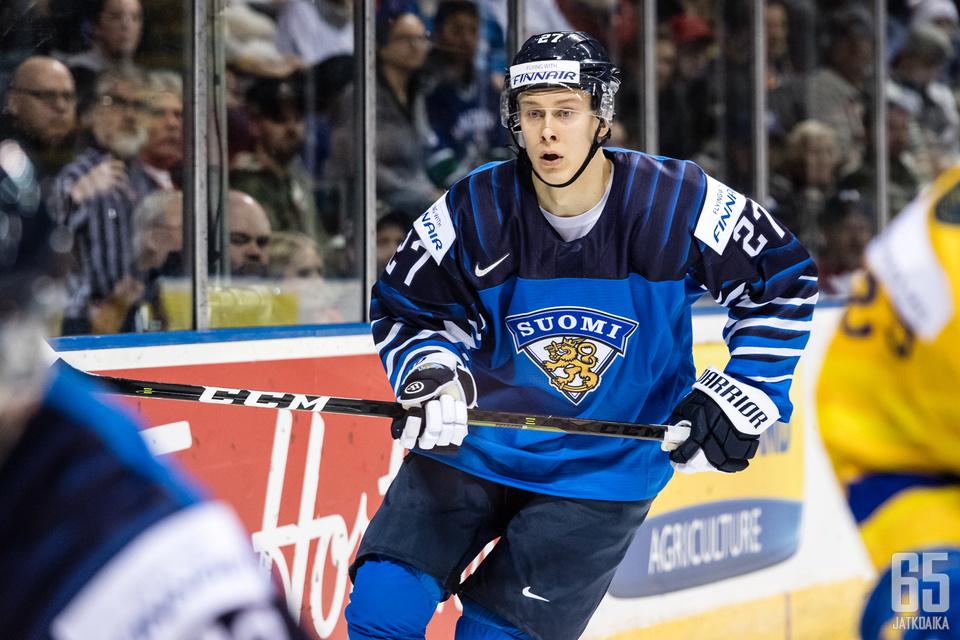 Ylönen oli voittamassa maailmanmestaruuden nuorten Leijonien kanssa.