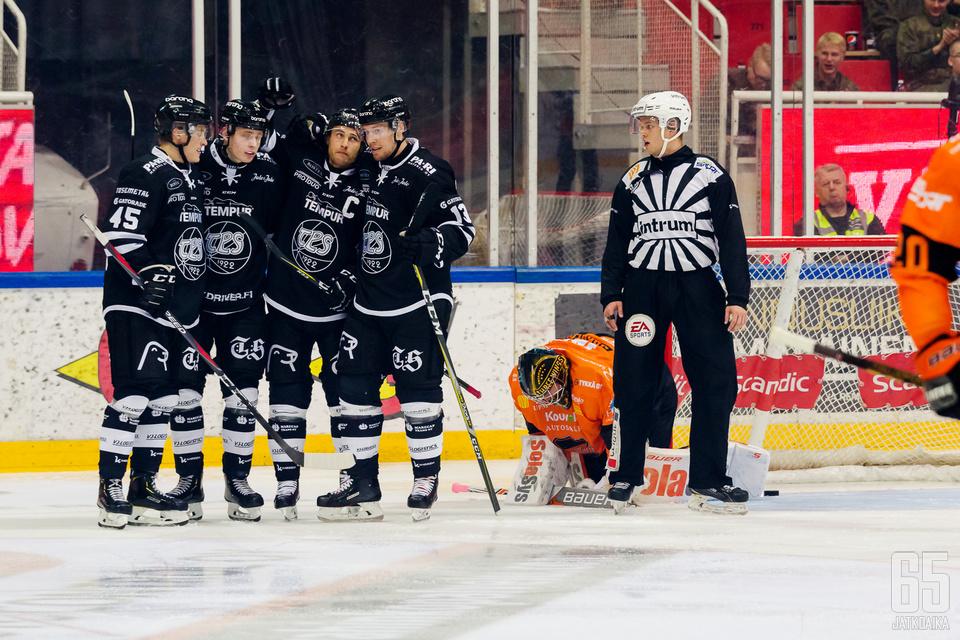 KooKoo oli helisemässä Petteri Wirtasen johtaman ykkösnyrkin kesken.