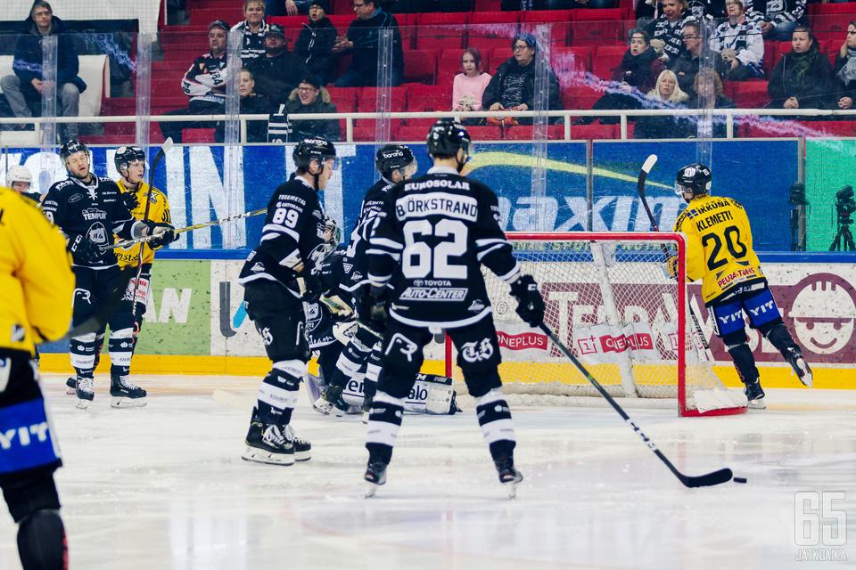 TPS ei kyennyt auttamaan tapeeksi norjalaisvahti Henrik Haukelandia perjantai-illan kamppailussa.