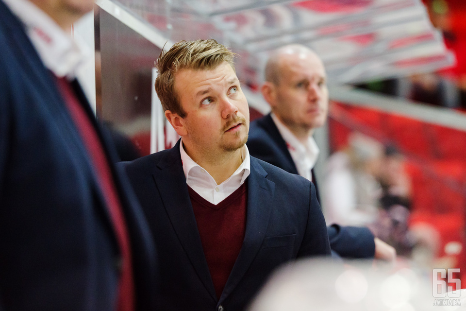 Ketterän Matias Lehtosella ei ole asiaa penkin taakse kahdessa seuraavassa ottelussa.
