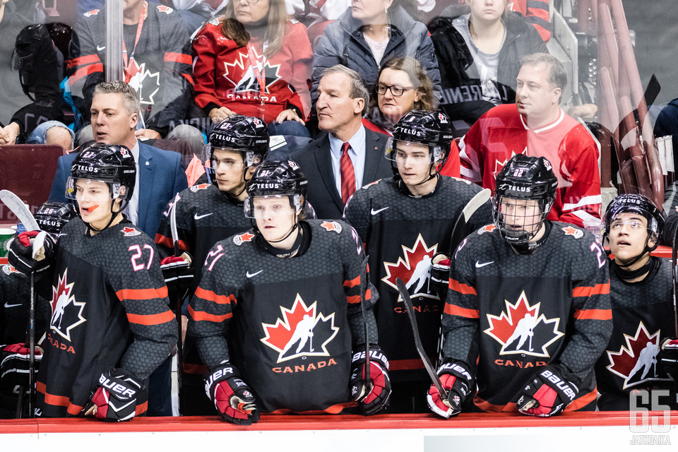 Kanada voi joutua katselemaan hämmästyneenä, kun muut joukkueet kiilaavat lohkossa edelle.