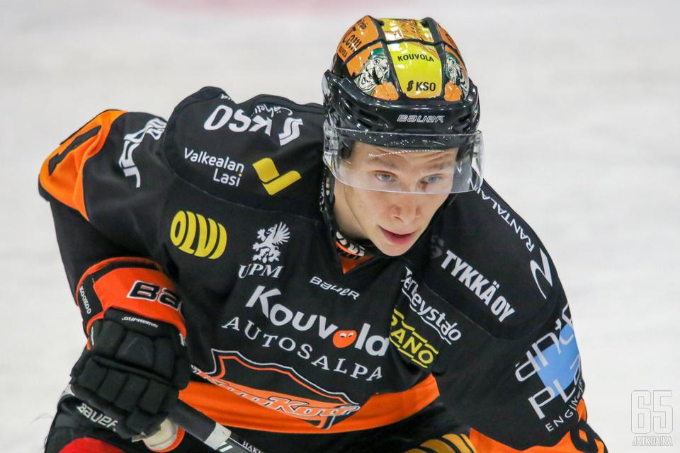 Anrei Hakulinen debytoi viime kaudella Leijonissa, ja on yksi KooKoon kuumimmista nimistä tulevalla kaudella.