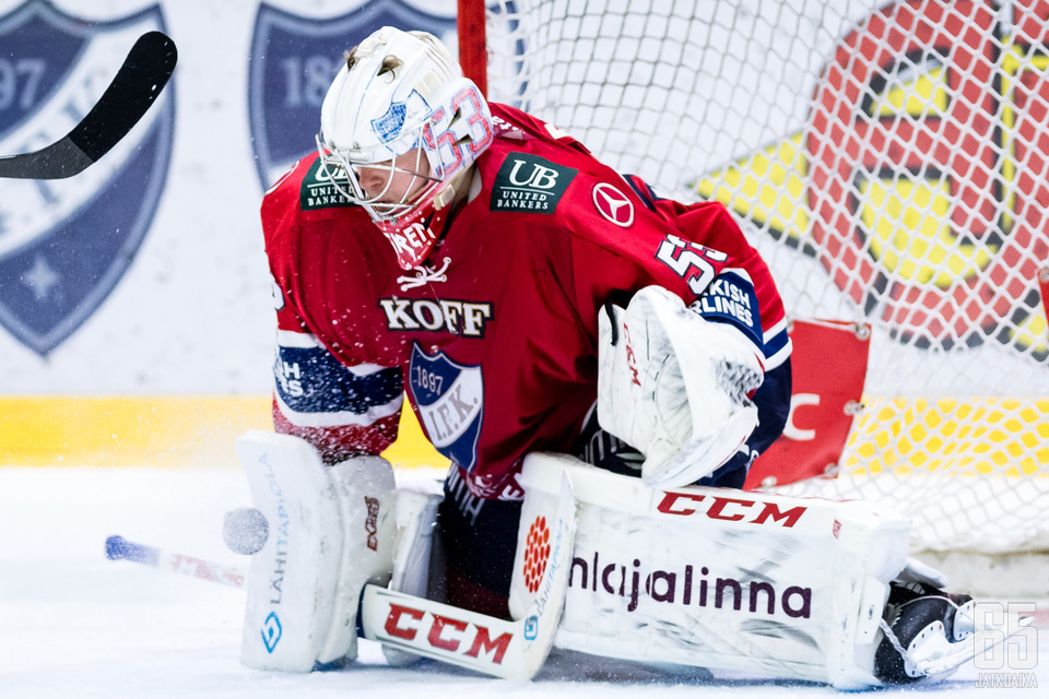 Maalivahti Atte Engren kuului Ässiä vastaan IFK:n parhaimmistoon.