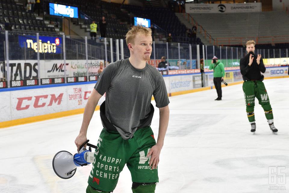 Suomi johdatti joukkueen jäälle viime kauden päättymisen jälkeen.