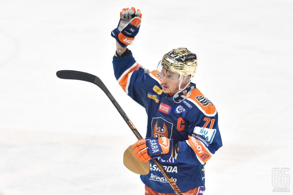 Kristian Kuusela on nyt kaikkien aikojen tehokkain mies Liigan pudotuspeleissä