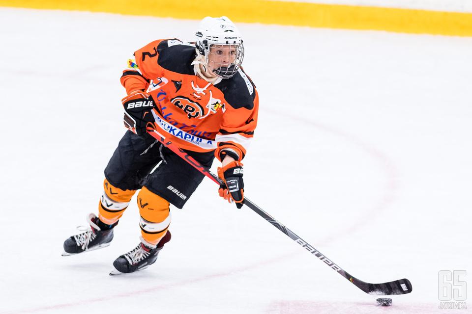 Riikka Noronen on nyt kaikkien aikojen pistenainen Naisten Liigassa.