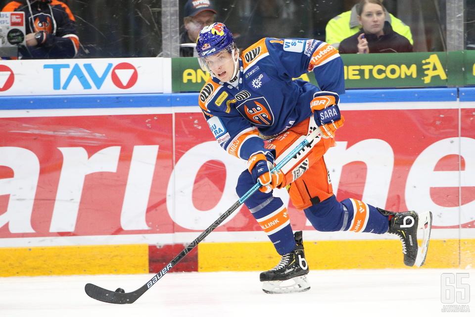 18-vuotias Hugo Haš on saanut tällä kaudella peliaikaa kolmessa ottelussa.