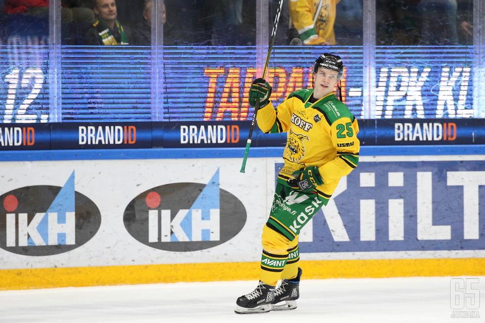 Antti Saarela pääsi tuulettamaan maalia ensimmäisen kerran sitten syyskuun lopun.