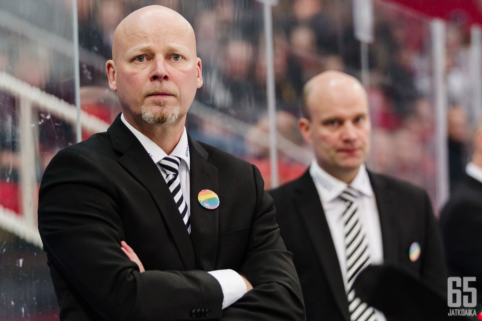 Marko Virtanen on kovassa paikassa TPS:n peräsimessä.