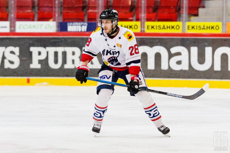 Samu Markkula pelasi viime kaudella pääosin Kokkolan Hermeksessä.
