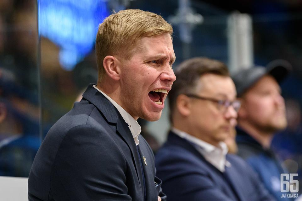Liigaan saatiin viime viikolla uusi päävalmentaja Marko Kauppisen muodossa.
