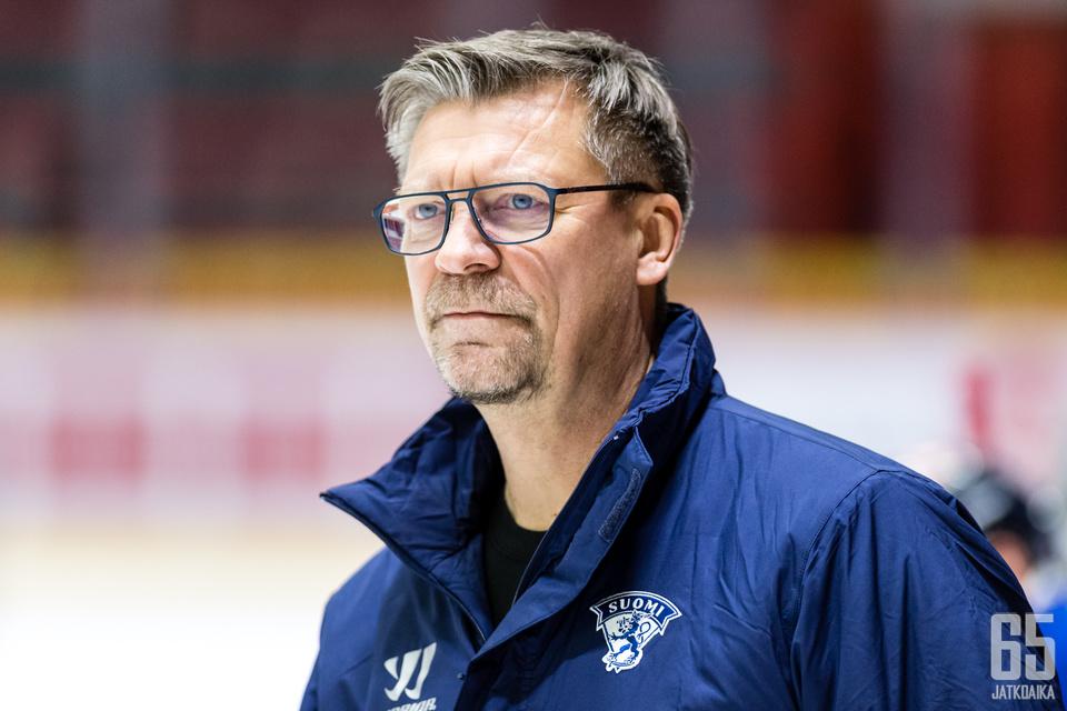 Jukka Jalonen oli erittäin tyytyväinen Leijonien otteisiin torstaina Venäjää vastaan.