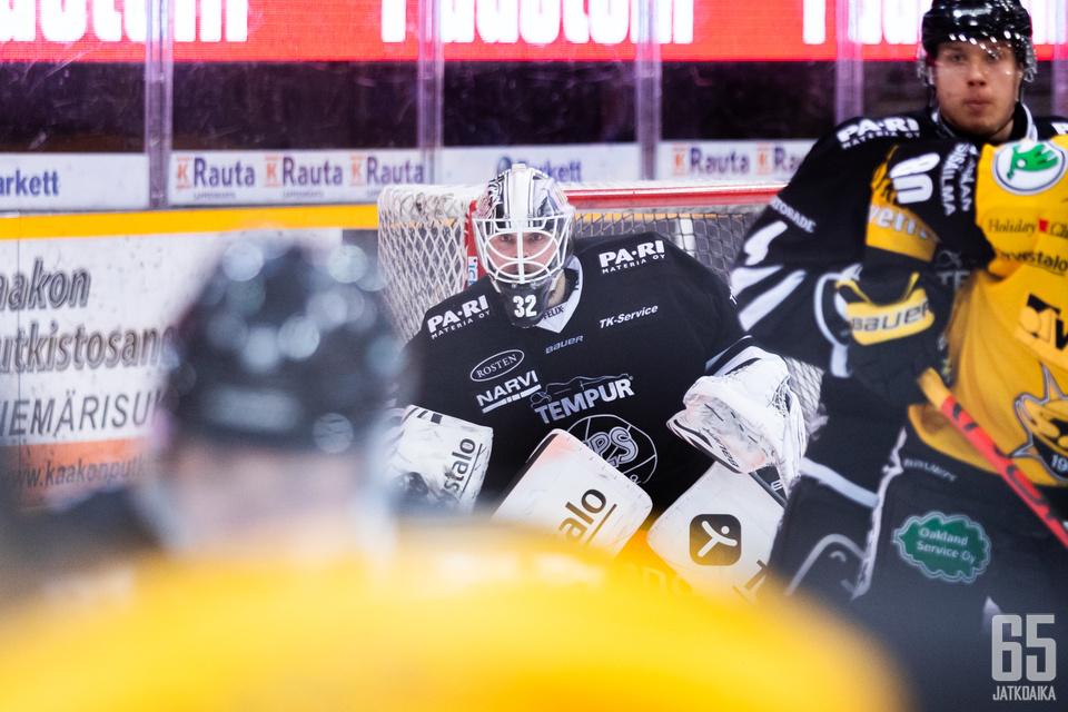 Rasmus Tirronen pelasi kauden kolmannen nollapelinsä, kun TPS haki pisteet Lappeenrannasta. Tirrosen tilille merkittiin ottelussa kaikkiaan 15 torjuntaa.