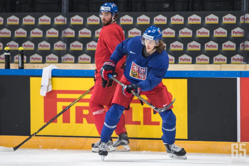 Šulák esiintyi kevään MM-kisoissa.