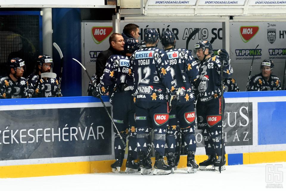 Hannu Järvenpää oli Fehérvárin valmentaja yhteensä neljällä eri kaudella