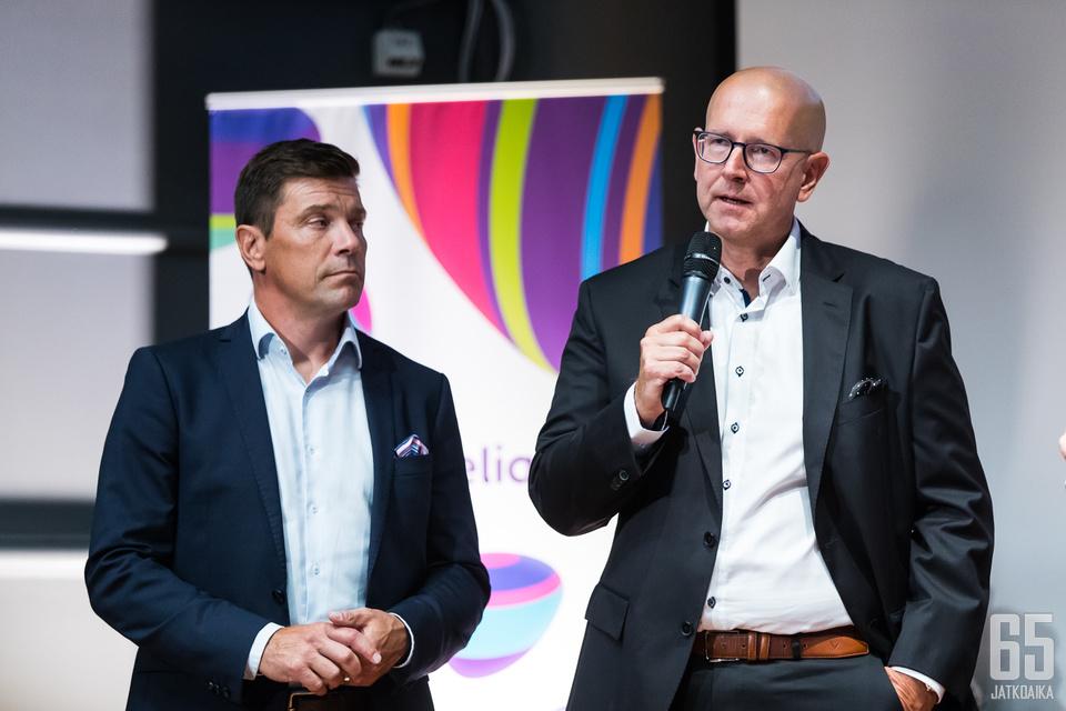 Liiga, jonka toimitusjohtaja on Riku Kallioniemi, ja Telia, jonka Liiga-hanketta johtaa Olli-Pekka Takanen, ovat saaneet viime aikoina runsaasti kritiikkiä.