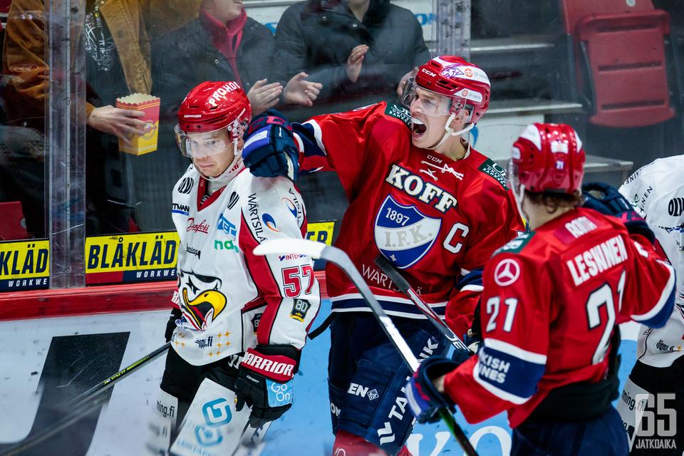 HIFK:n Jere Sallinen laukoi ottelun voittomaalin.