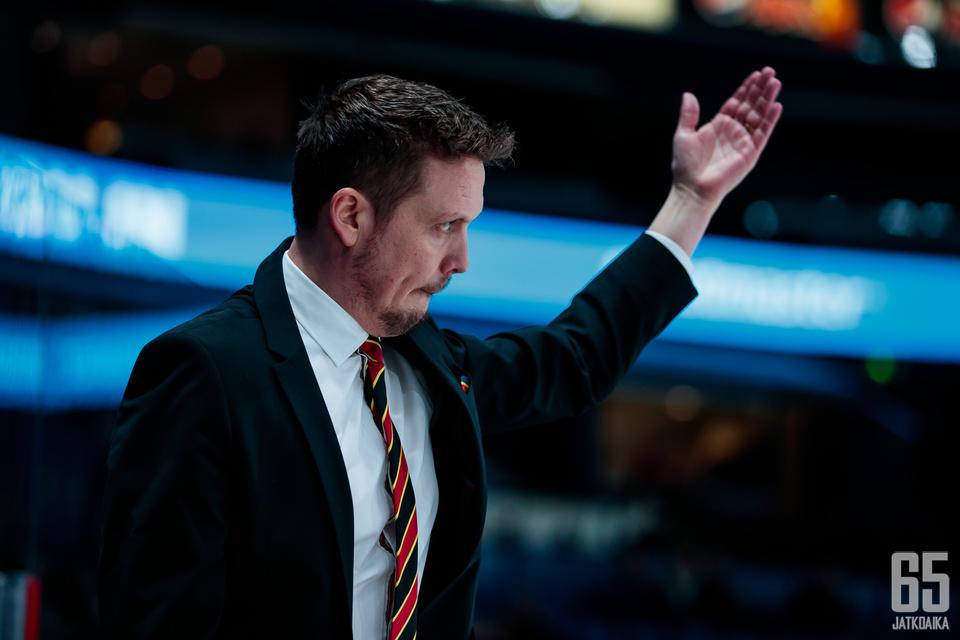 Lauri Marjamäen valmentama Jokerit odottaa yhä KHL:n otteluohjelman julkaisemista.