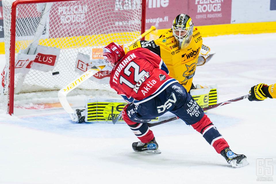 Juhani Tyrväinen pääsi ratkaisemaan ottelun.
