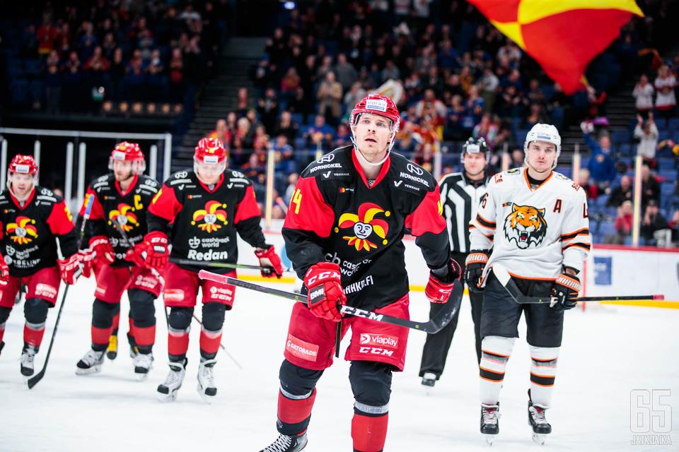 Mikko Lehtosen maalijyvä on edelleen tallella.