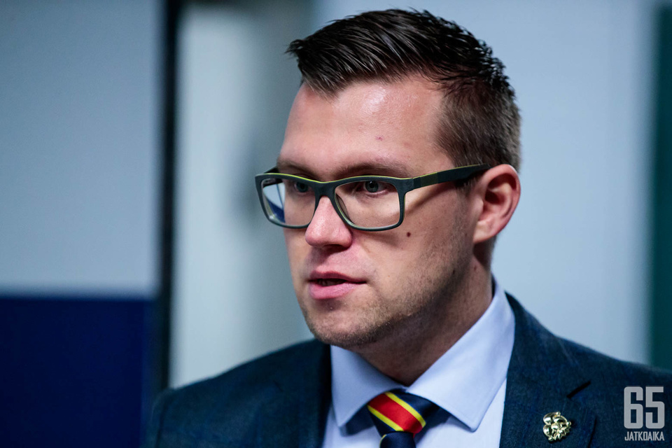 Janne Vuorinen uskoo, että Kristian Vesalainen ottaa ison roolin Jokerien KHL-miehistössä.