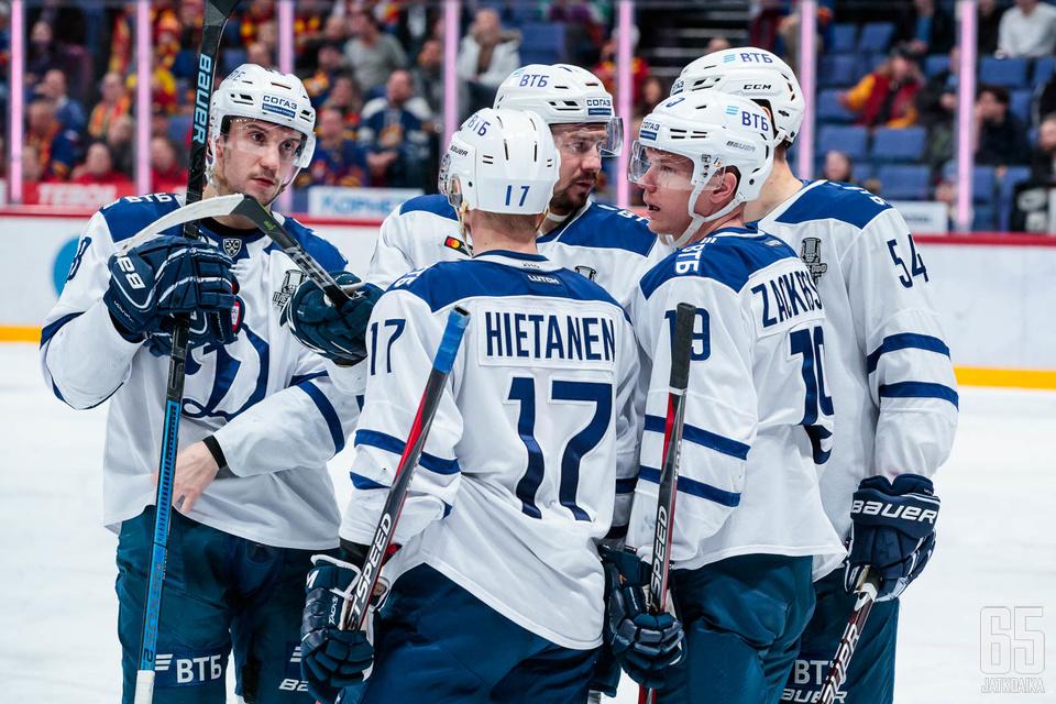 Juuso Hietanen ja kumppanit juonivat seuraavaksi kuvioita pudotuspelien toisella kierroksella.